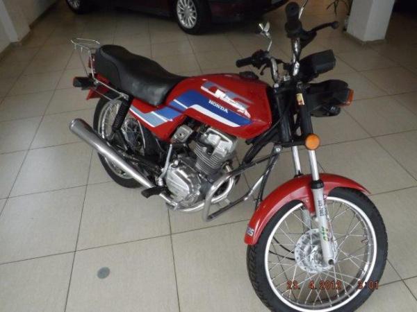 Motocicleta - CG 125